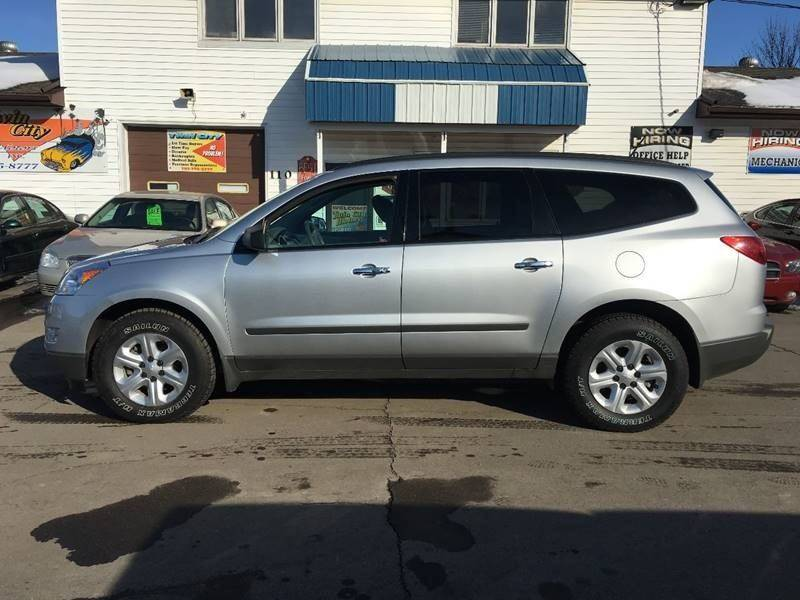 2012 chevrolet traverse ls in grand forks nd twin city motors 2012 Chevrolet Volt 2012 chevrolet traverse for sale at twin city motors in grand forks nd