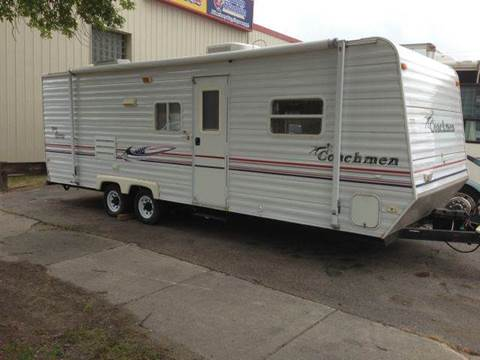 2005 Coachmen Spirit of America for sale at Twin City Motors in Grand Forks ND