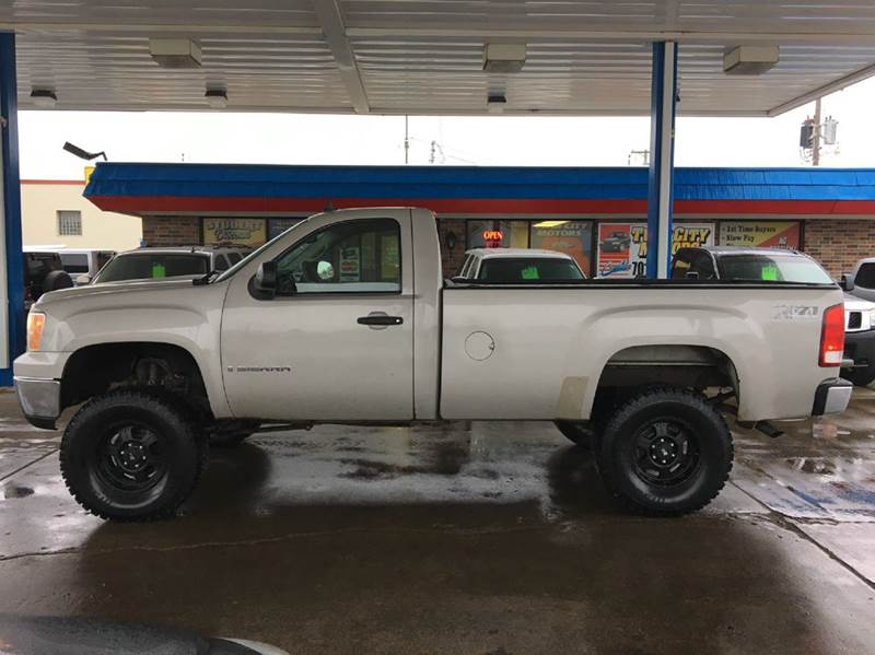 2007 GMC Sierra 1500 for sale at Twin City Motors in Grand Forks ND