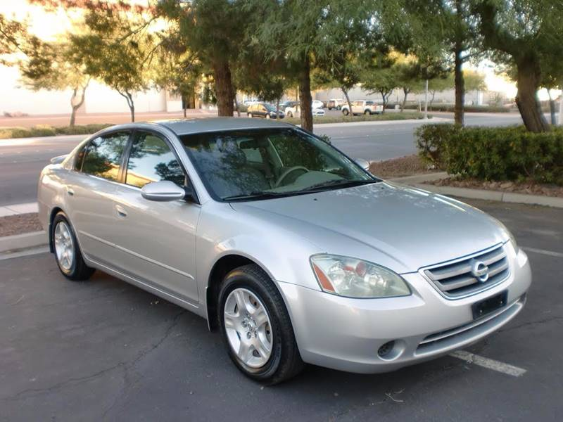 Used Cars in Las Vegas 2004 Nissan Altima