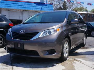 2013 Toyota Sienna for sale in Flushing, NY