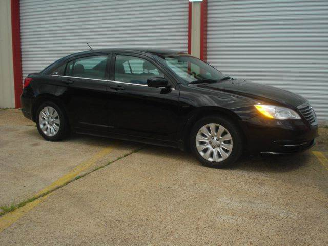 2013 Chrysler 200 for sale at Roadrunner Auto Sales in Bryan TX