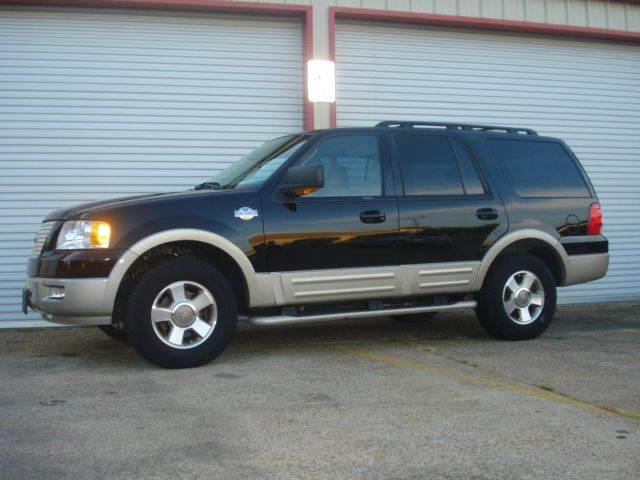 2006 Ford Expedition for sale at Roadrunner Auto Sales in Bryan TX