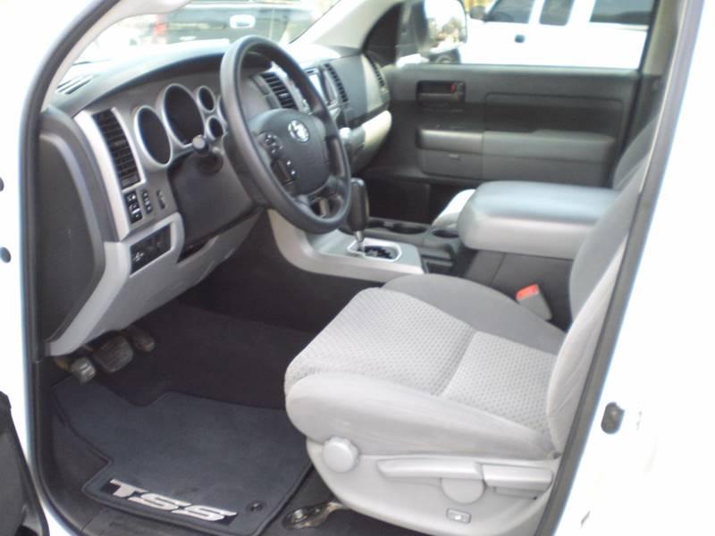 2013 Toyota Tundra 4x4 Grade 4dr CrewMax Cab Pickup SB (5.7L V8 FFV) - Hominy OK