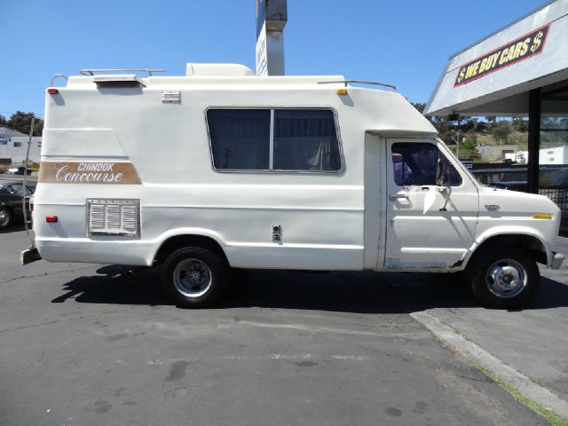1979 Chinook Concourse Ford Econoline RV Motorhome In El