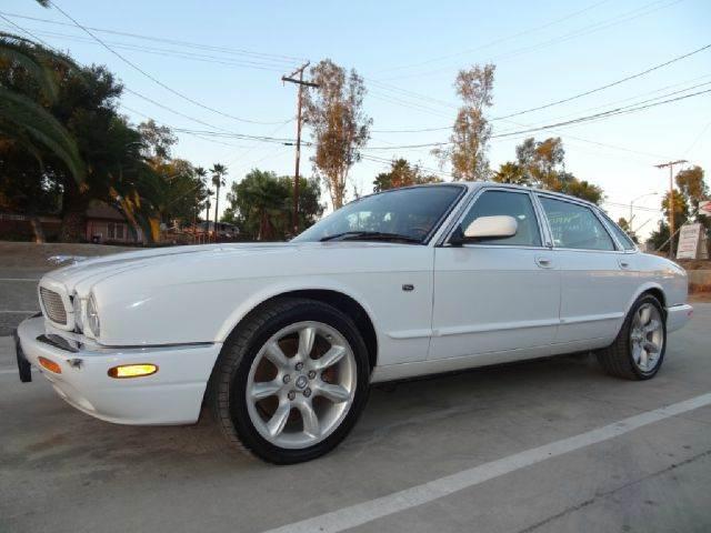 2000 Jaguar XJR for sale at 1 Owner Car Guy in Stevensville MT