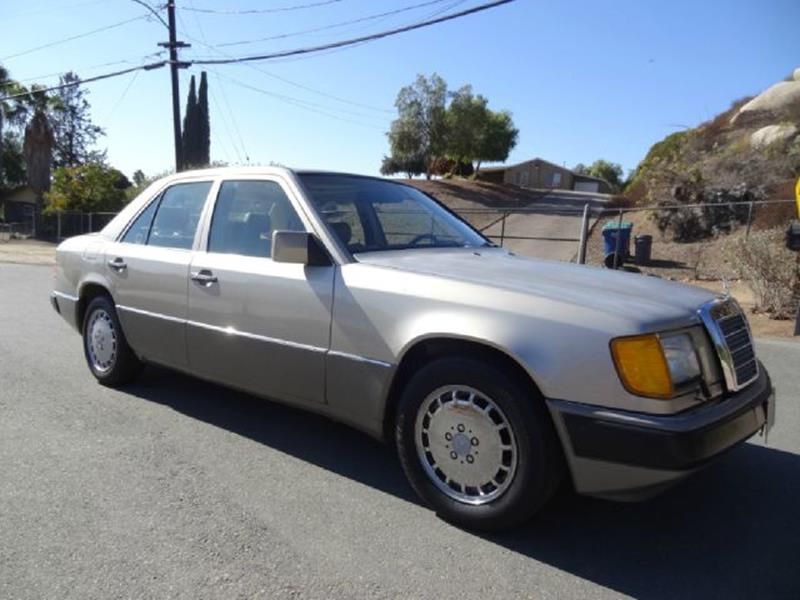1992 Mercedes-Benz 300-Class 300E W124 Sedan - Stevensville MT