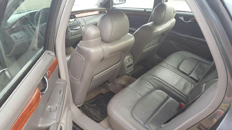 2004 Cadillac DeVille 4dr Sedan - Redford MI