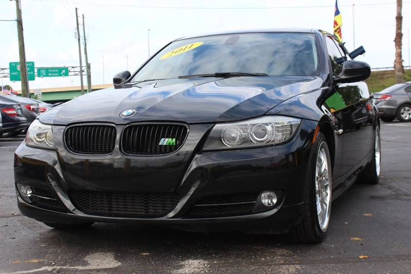 2011 BMW 3 SERIES 335I 4DR SEDAN SA black the front windshield is in excellent condition the pai