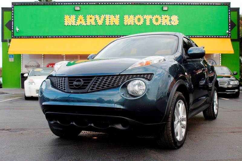 2012 NISSAN JUKE SL 4DR CROSSOVER 6M blue the front windshield is in excellent condition the pai