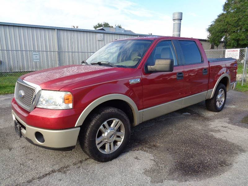 2007 FORD F-150 LARIAT 4DR SUPERCREW STYLESIDE 5 red the front windshield is in excellent conditi