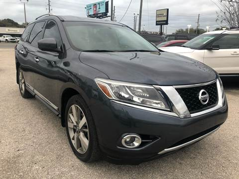 2014 Nissan Pathfinder for sale at Marvin Motors in Kissimmee FL