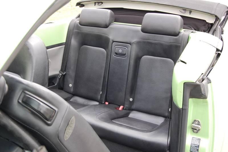 2004 Volkswagen New Beetle GLS 2dr Convertible - Conley GA
