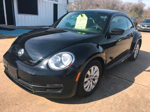 2015 Volkswagen Beetle for sale at Discount Auto Company in Houston TX