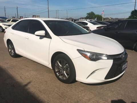 2016 Toyota Camry for sale at Discount Auto Company in Houston TX