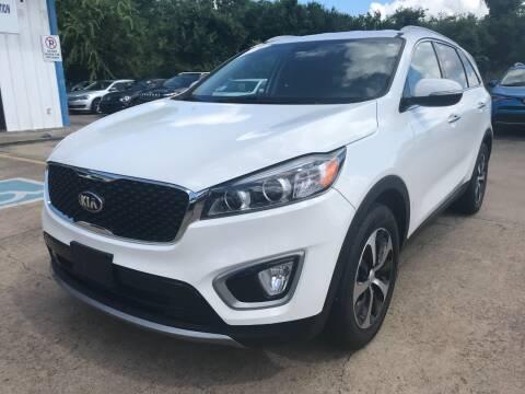 2017 Kia Sorento for sale at Discount Auto Company in Houston TX