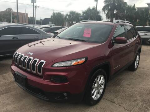 2016 Jeep Cherokee for sale at Discount Auto Company in Houston TX