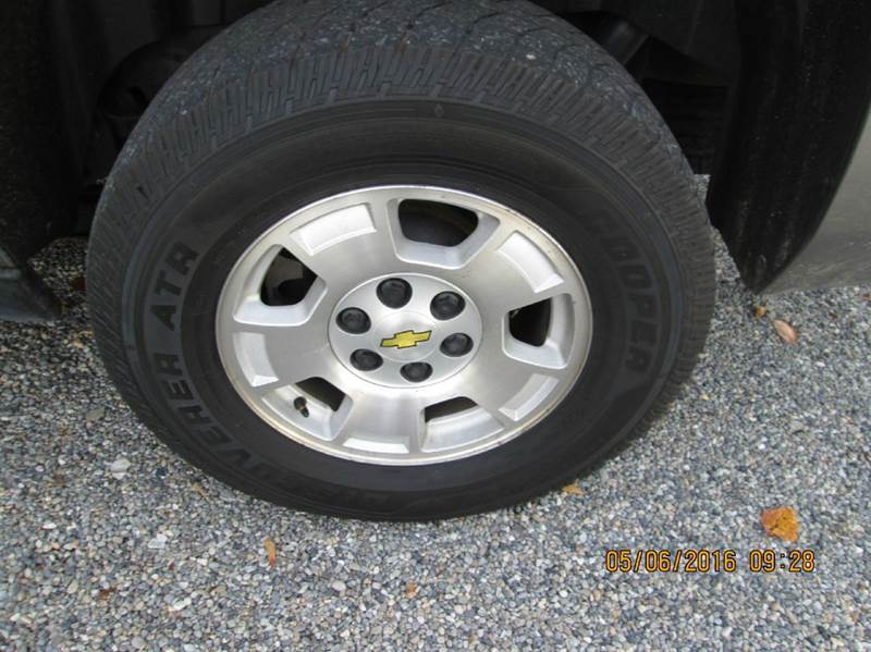 2009 GMC Yukon XL 4x4 SLT 1500 4dr SUV w/ 4SA - Hailey ID