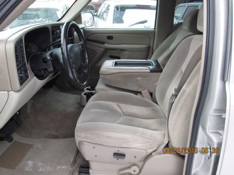 2006 Chevrolet Suburban LS 1500 4dr SUV 4WD w/1SJ - Hailey ID
