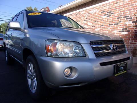 2007 Toyota Highlander Hybrid for sale at Certified Motorcars LLC in Franklin NH