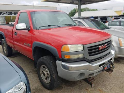 2004 GMC Sierra 2500HD for sale in Circleville, OH