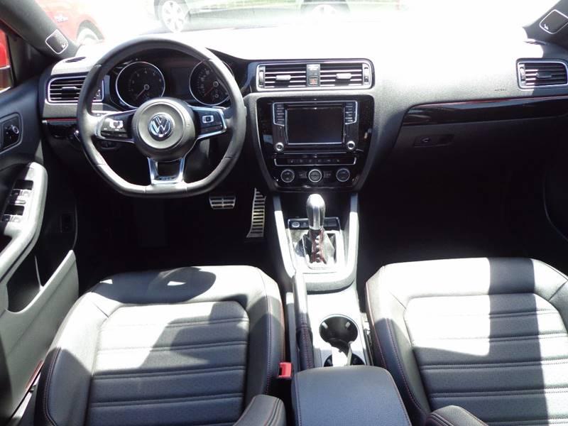2016 Volkswagen Jetta 2.0T GLI SEL PZEV 4dr Sedan 6A - Portland ME