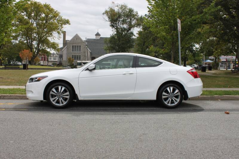 2009 Honda Accord for sale at Lexington Auto Club in Clifton NJ