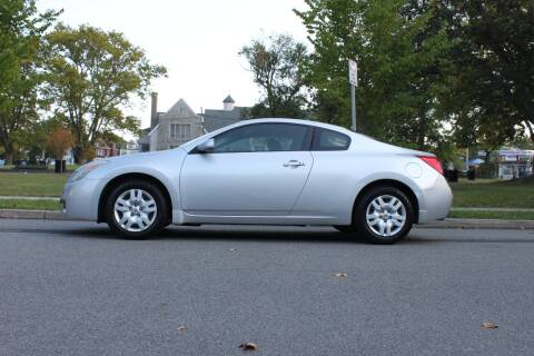 2009 Nissan Altima for sale at Lexington Auto Club in Clifton NJ