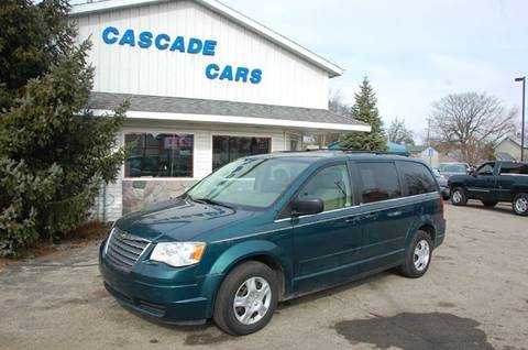 2009 Chrysler Town and Country for sale at Cascade Cars Inc. in Grand Rapids MI