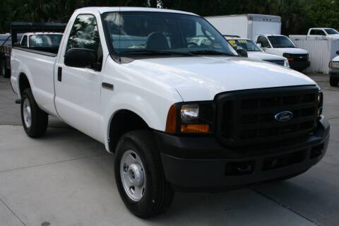 2006 Ford F-250 Super Duty for sale at Mike's Trucks & Cars in Port Orange FL