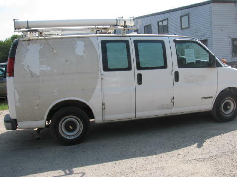 1999 Chevrolet Express Cargo 3dr G2500 Cargo Van - Armington IL