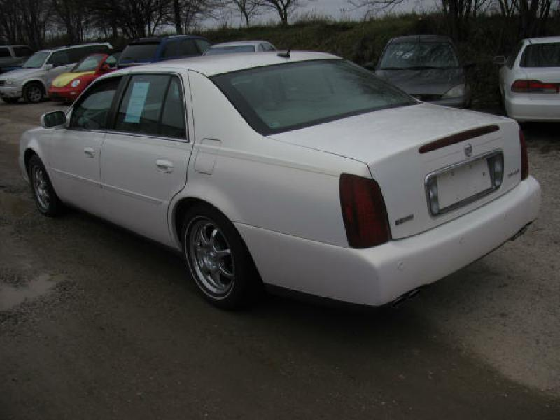 2005 Cadillac DeVille  - Armington IL