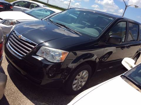 2008 Chrysler Town and Country for sale in Heyworth, IL