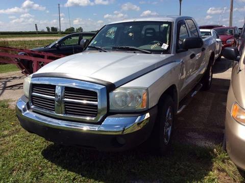 2005 Dodge Dakota for sale at Carz R Us 1 Heyworth IL in Heyworth IL