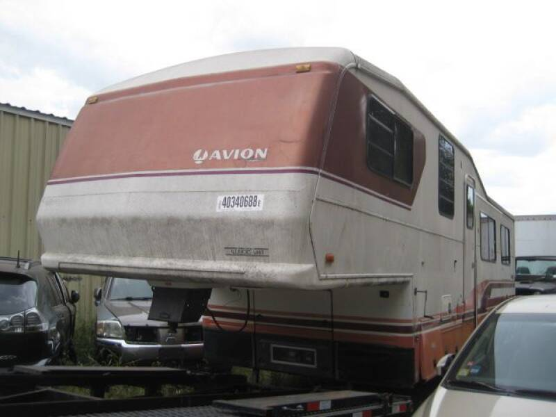 1993 AVION COACH TRLR for sale at Carz R Us 1 Heyworth IL - Carz R Us Armington IL in Armington IL