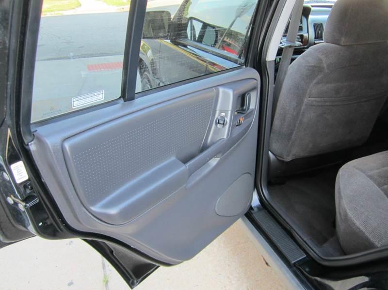 1997 Jeep Grand Cherokee 4dr Laredo 4WD SUV - Kansas City KS