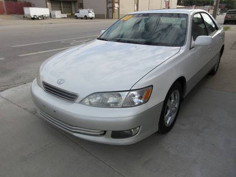 2000 Lexus ES 300 for sale at Ideal Auto in Kansas City KS