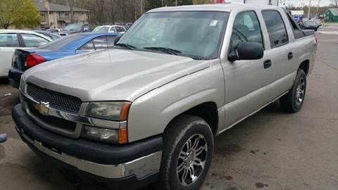 2004 Chevrolet Avalanche for sale at Capitol Auto Sales in Lansing MI