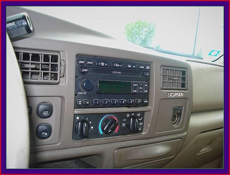 2001 Ford Excursion for sale at Cambridge Automotive Repair in Cambridge WI