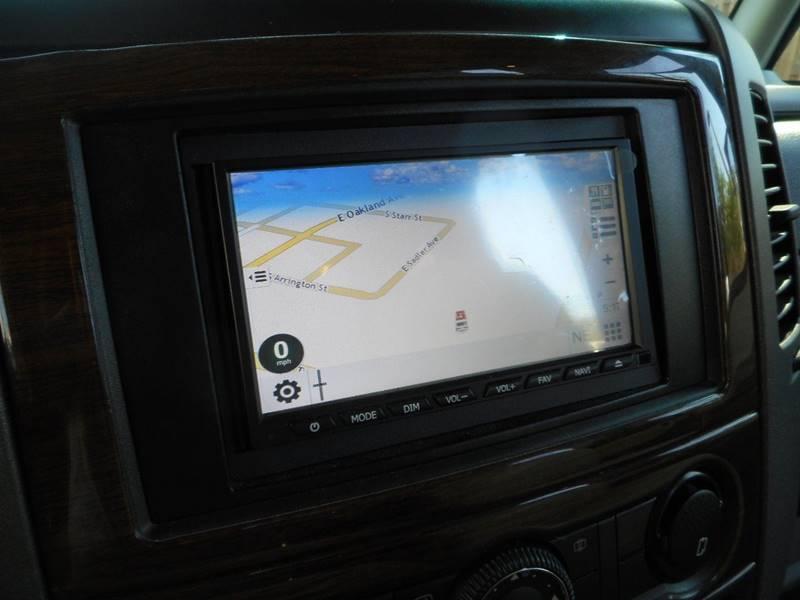 2012 Winnebago VIA 25Q  - Oakland FL