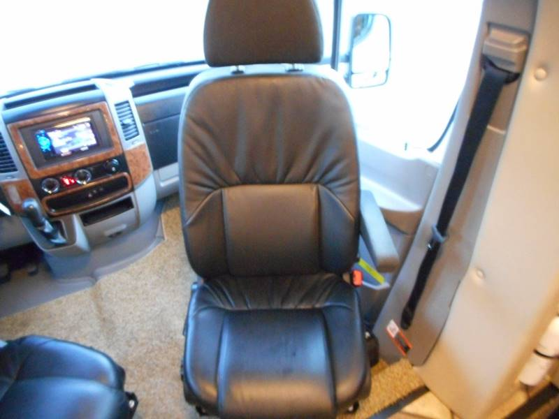 2014 Thor Industries Siesta 24T class c - Oakland FL