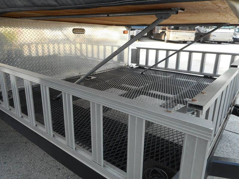 2014 Starcraft Comet 12RT camping trailer - Oakland FL