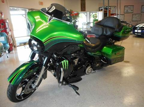 2011 Harley-Davidson FLHXSE