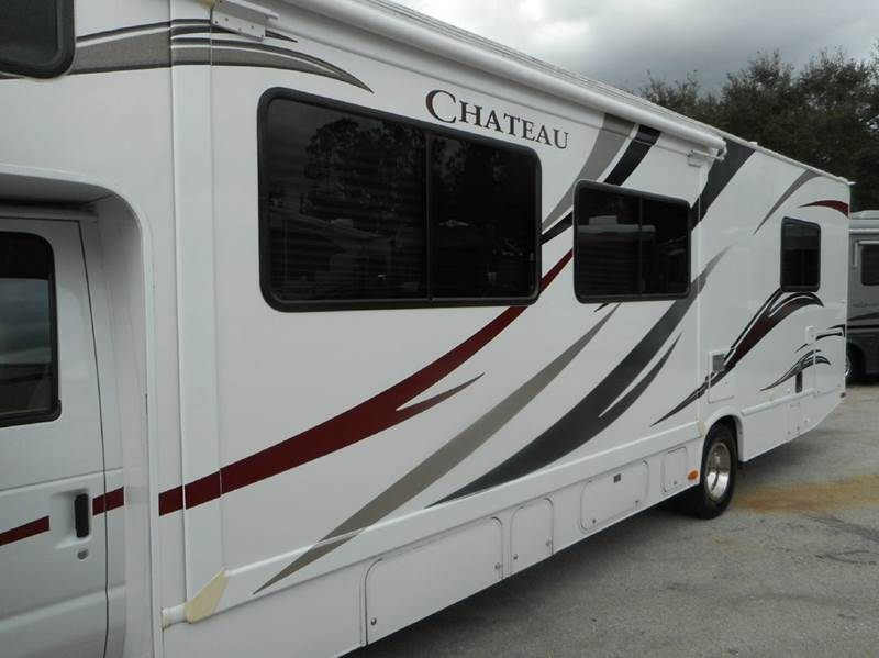 2012 Thor Industries Chateau 31K class c - Oakland FL