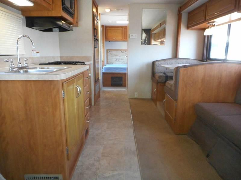 2008 Fleetwood Tioga 31W class c - Oakland FL