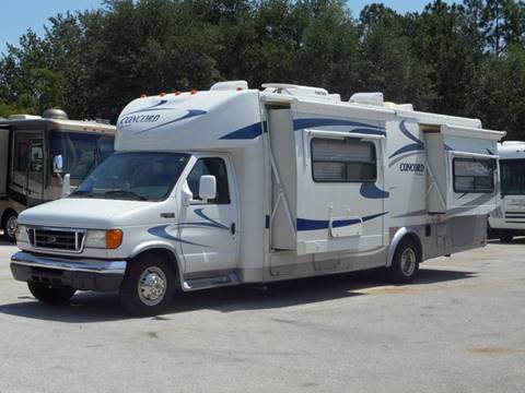 2005 Coachmen Concord 275