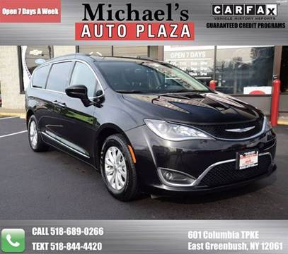 2017 Chrysler Pacifica for sale in East Greenbush, NY