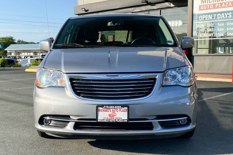 2014 Chrysler Town and Country Touring 4dr Mini-Van - East Greenbush NY
