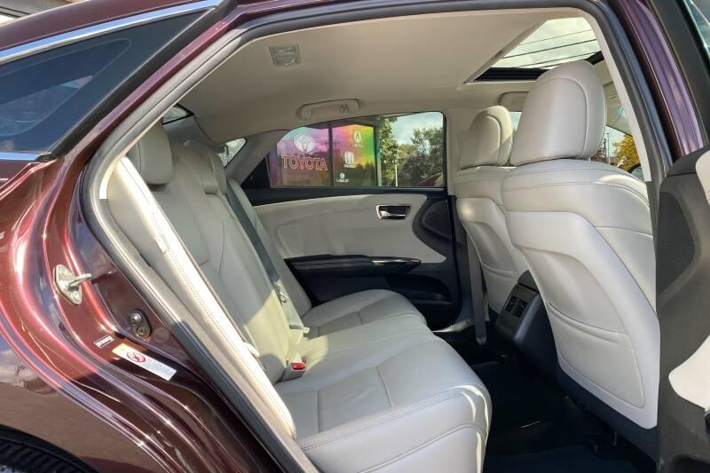 2016 Toyota Avalon Hybrid XLE Plus 4dr Sedan - East Greenbush NY