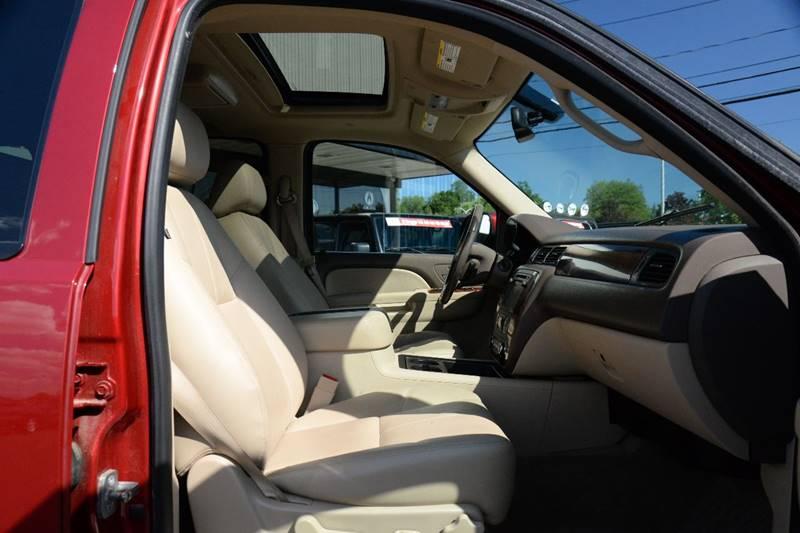 2013 Chevrolet Suburban 4x4 LT 1500 4dr SUV - East Greenbush NY